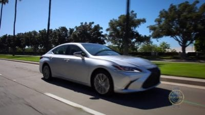 Luxury Car: Lexus ES