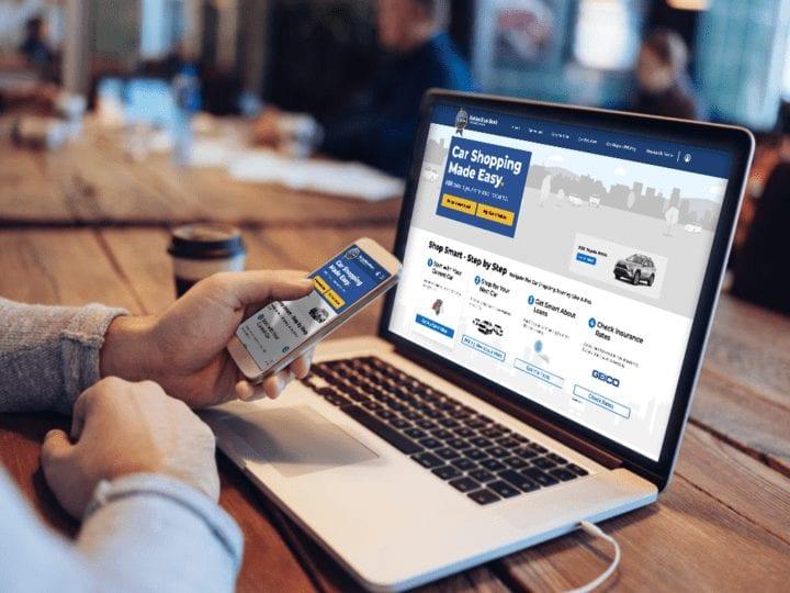 car shopper on KBB.com